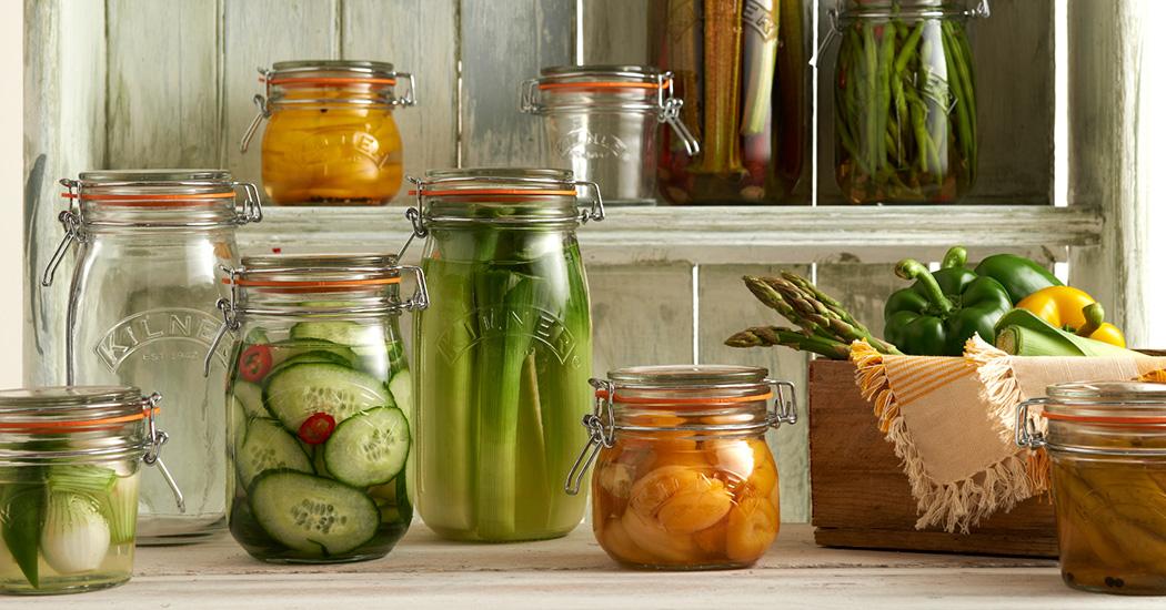 Tarros, latas y botellas - Utensilios básicos - Cocina